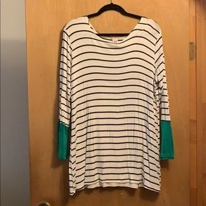 JMode XL Tunic Black and White Stripes